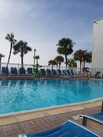 Bilmar Beach Resort: Beautiful retro upgrades!