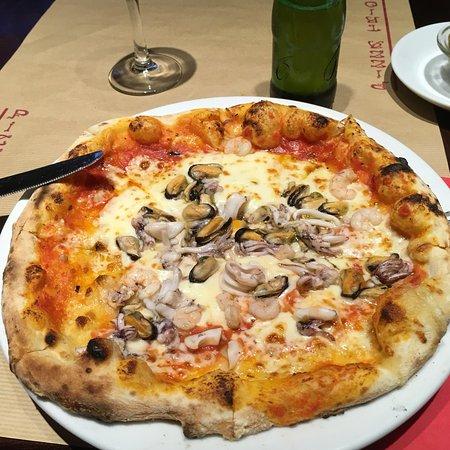 Pizza Trionfo La Bedaine Paris Champs Lys Es Restaurant Reviews Phone Number Photos