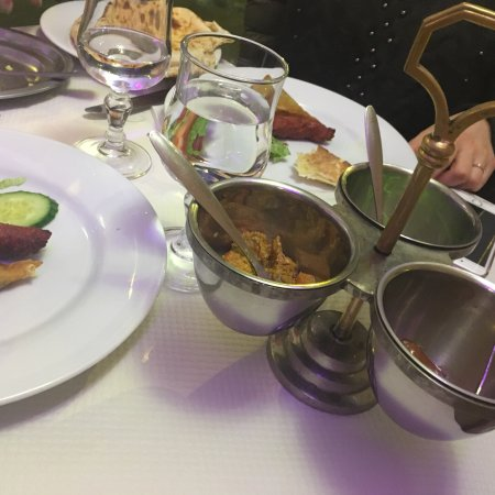 restaurant le kazmia dans clermont ferrand avec cuisine indienne. Black Bedroom Furniture Sets. Home Design Ideas