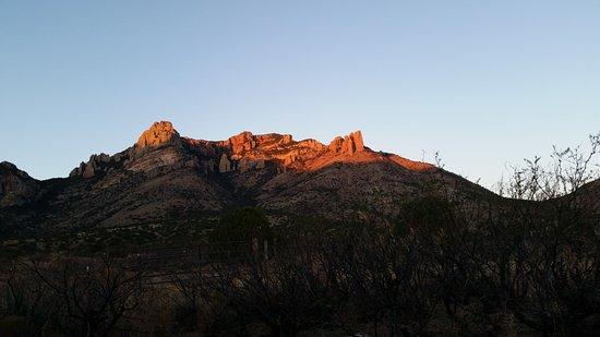 Portal, AZ: Mini Sedona red rocks