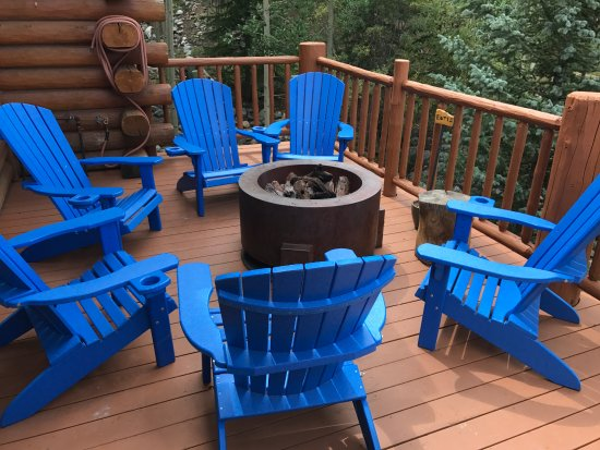 fire pit and comfy chairs on deck picture of the bivvi hostel rh tripadvisor co nz