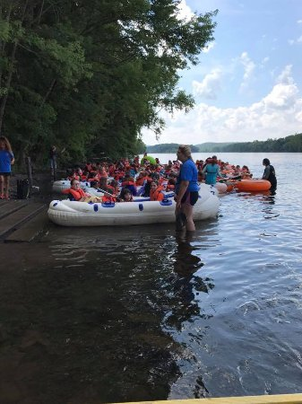 Frenchtown, NJ: Rafting Group