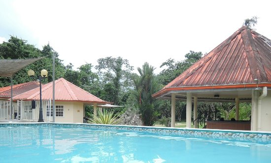 Surinat Luxury Resort Image