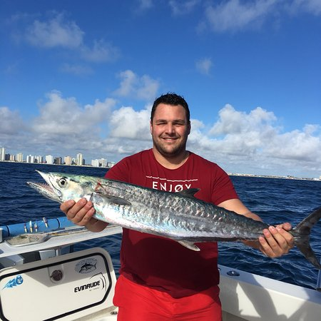No vacansea private fishing charters hollywood alles for Hollywood florida fishing charters