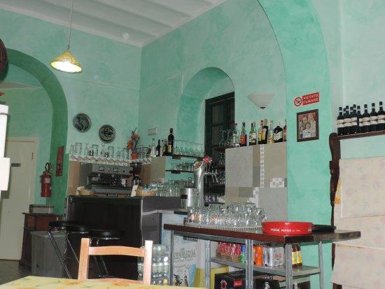 Pontedassio, Italia: Un petit coin de sa pizzeria !