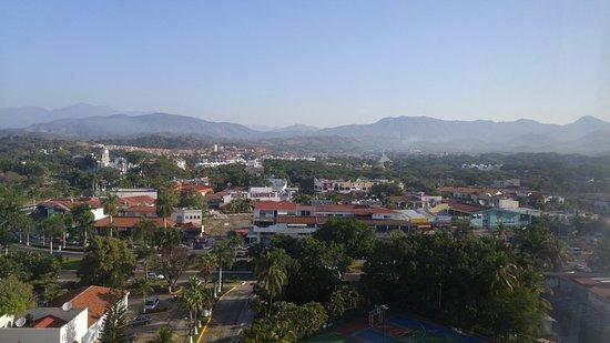 Emporio Ixtapa: Mountain view room