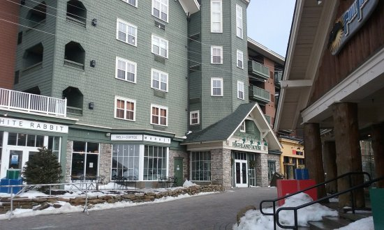 HIGHLAND HOUSE CONDOS (Snowshoe) - Apartment Reviews, Photos, Rate ...