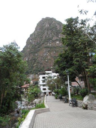 Santuario Hotel: A praça que fica em frente ao Hotel Santurário.