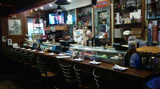 Cate Street Seafood Station : Fresh seafood in a tiny town