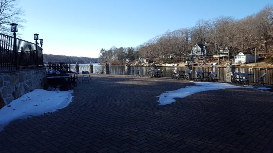 Lake View Restaurant & Banquets: Patio Closed for Winter