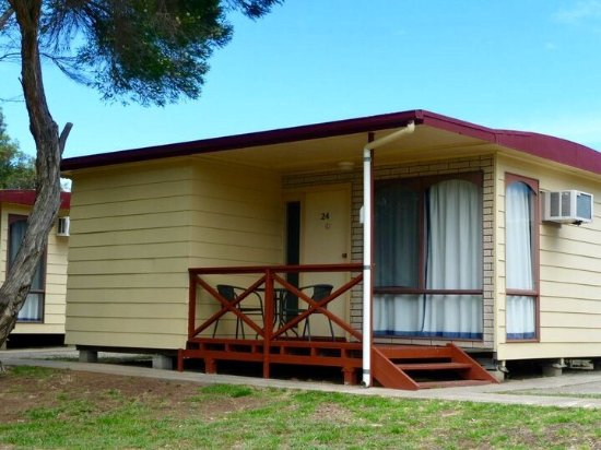 Victor Harbor Holiday and Cabin Park: Rosetta Cabins