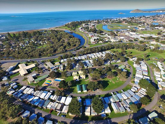 Victor Harbor Holiday and Cabin Park: Our 22 acre site, just 800m to the beach