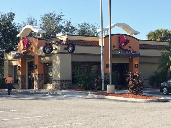 Taco Bell Pizza Hut Express At 3710 Cortez Rd W Bradenton Fl