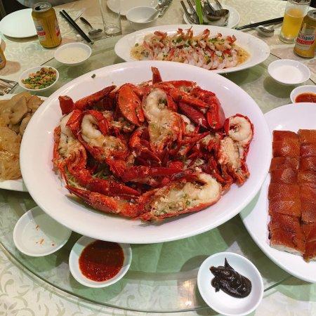 Very Good Seafood Restaurant Hong Kong