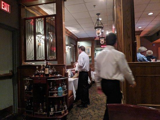 Bascom 39 s chop house clearwater restaurant bewertungen for Ambiance cuisine nice