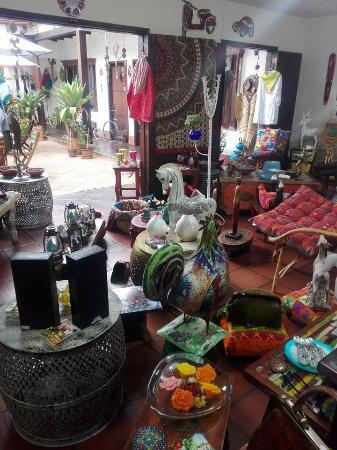 Subachoque, Colombia: Decoración, artesanías, muebles, joyería, postres, café.