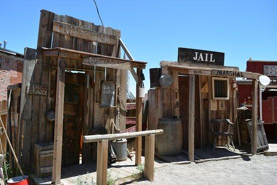 Virginia City Outlaws