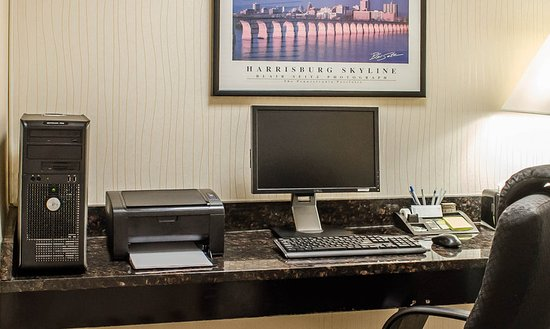 Quality Inn Riverfront: Business center