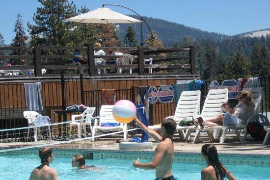 Montecito Sequoia Lodge & Summer Family Camp: Pool
