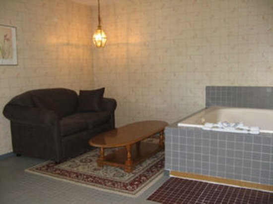 Bellingham Lodge: Guest room