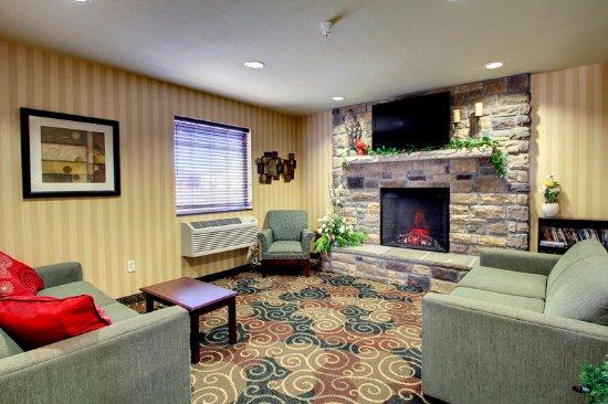 Wayne, Nebraska: Lobby