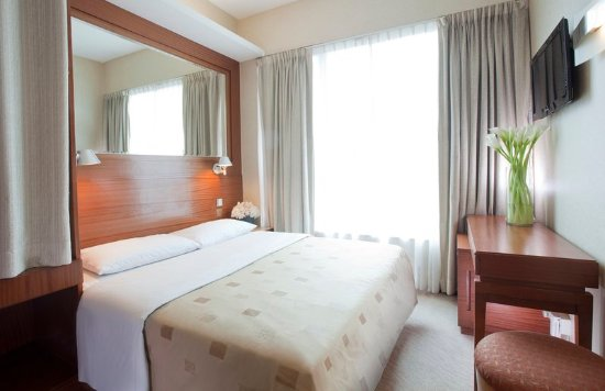 Silka West Kowloon Hotel: Guest room