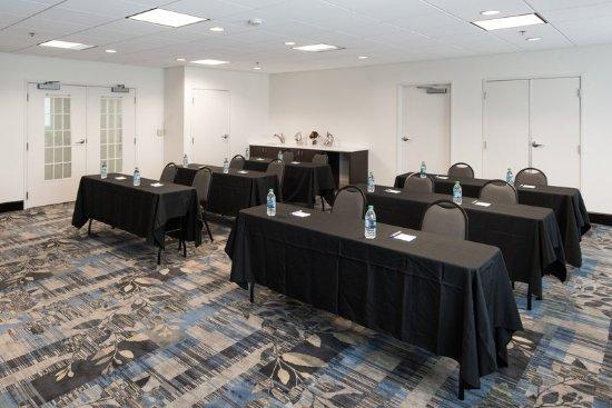 Andover, Kansas: Meeting room