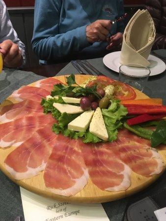Okarina: prosciutto platter