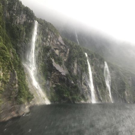 Milford Sound: photo2.jpg