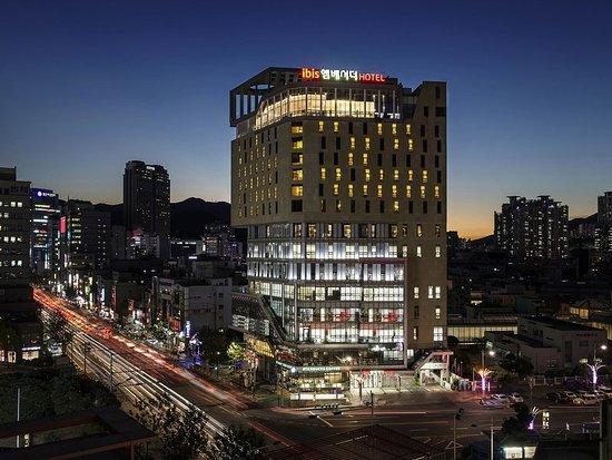 ibis Ambassador Busan City Centre: Exterior