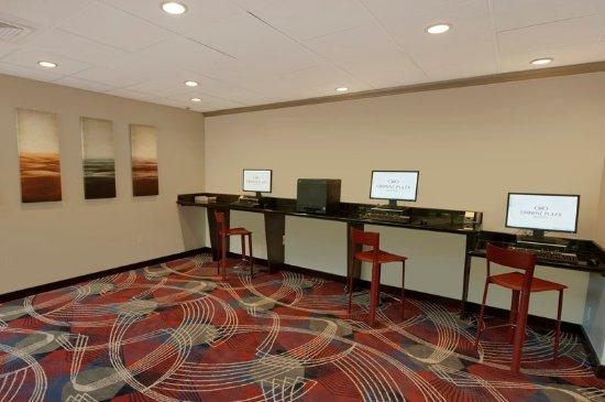 Plainsboro, NJ: Business center