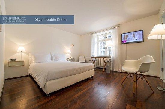 Der Teufelhof Basel: Guest room