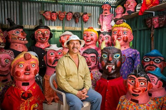 San Jose: Pura Vida Experience Tour: Tapas, Traditional Masks and...
