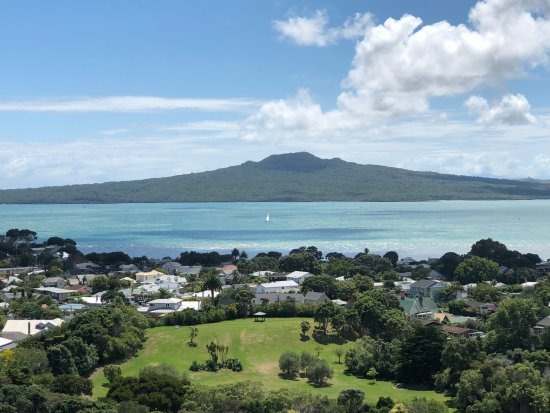 Auckland, New Zealand: Mighty Rangitoto