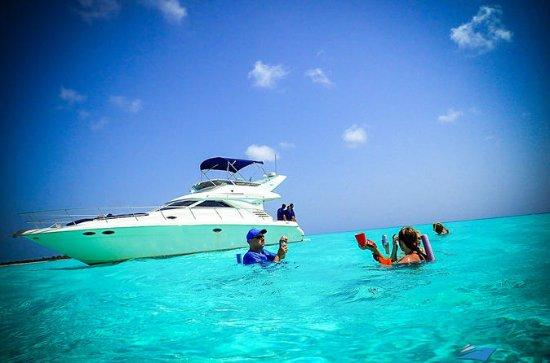 8-hour yacht Tour to EL Cielo Cozumel