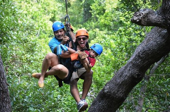 Roatan Sky Safari Zip Line Monkey...