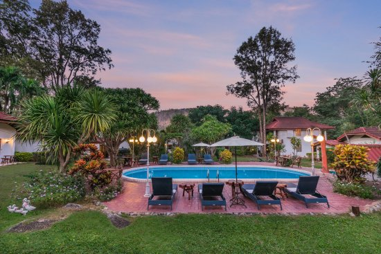Eco Valley Lodge Khao Yai : Our swimming pool is a centre of refreshing relaxation