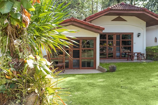 Eco Valley Lodge Khao Yai : Our cosy bungalows come in twins and doubles