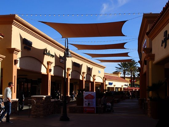 Map of the mall - Picture of Desert Hills Premium Outlets ...
