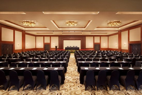Java Grand Ballroom, can cater up to 1200 people