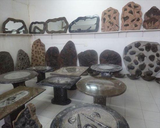 Erfoud, Marruecos: 化石だらけです。