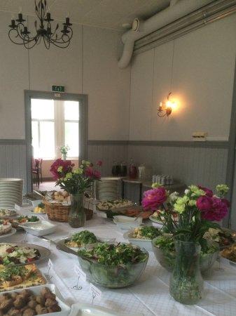 Nagu, Finnland: Catering buffet