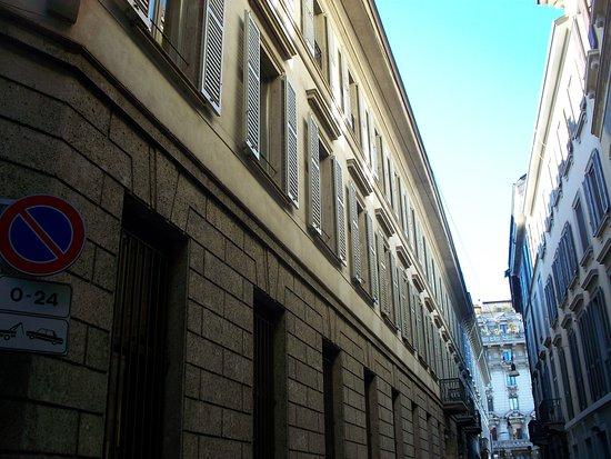 Casa di Via del Lauro 7
