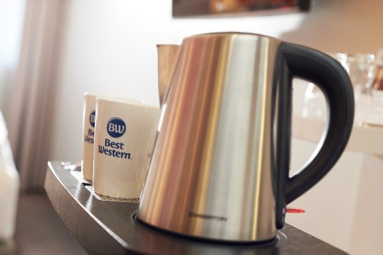 Best Western Hotel Leipzig City Center: Tea and Coffee station in the room