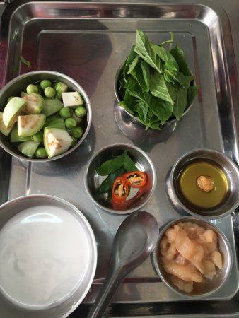 Thai Chicken Curry Ingredients Picture Of Chef Leez Thai Cooking