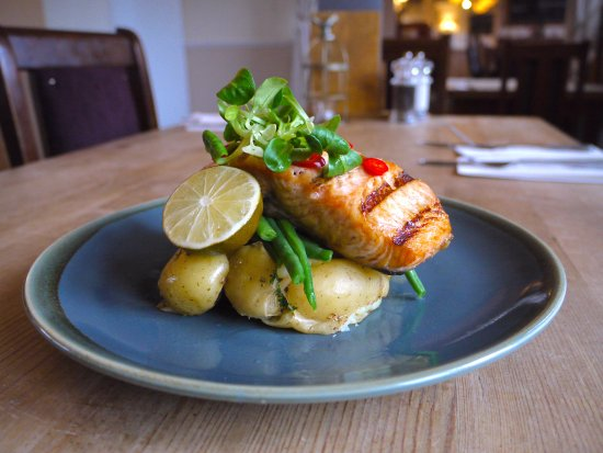 The Greyhound : Salmon Fillet with Chilli and lime.