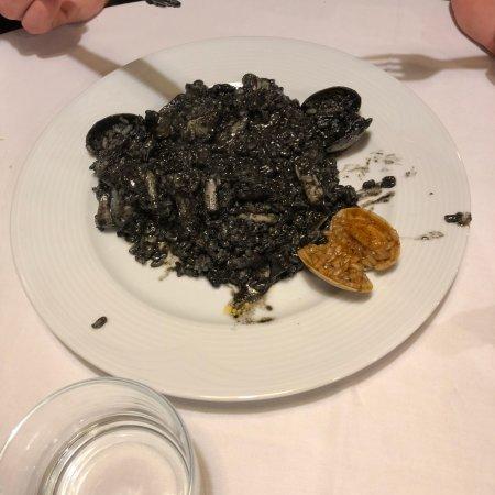 Restaurante Cheriff: Наивкуснейшая паэлья)))