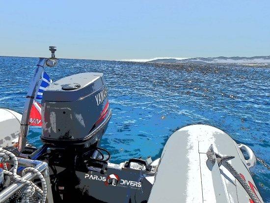 Golden Beach, Greece: Dive boat