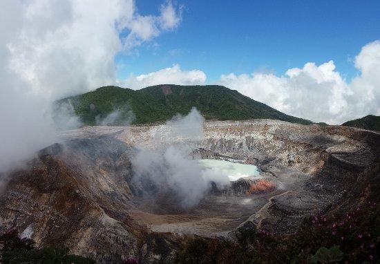 Poas Volcano National Park, Costa Rica: Poas volcano