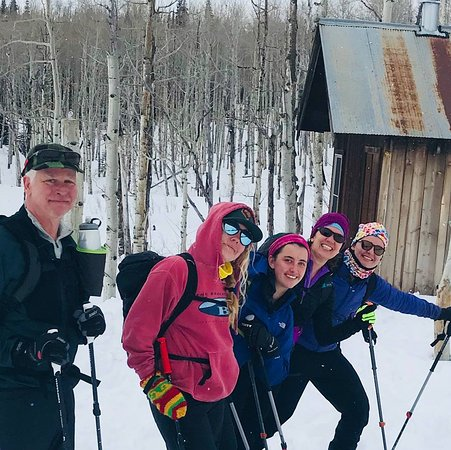 The Home Ranch : Skiing at Pete's Cabin